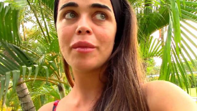 Violeta le hace un corte de mangas a Jordi González y las redes piden que sea expulsada