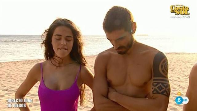 La peineta en directo a Jordi González, hace que las redes pidan la expulsión de Violeta