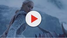 Game Of Thrones comete nova gafe e esquece garrafa de água em cena