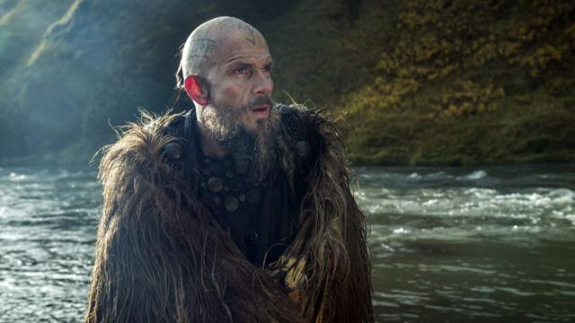 Floki está vivo e irá retornar à sexta temporada de Vikings