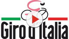 Giro d'Italia, Benedetti trionfa a Pinerolo: la nuova maglia rosa è Jan Polanc