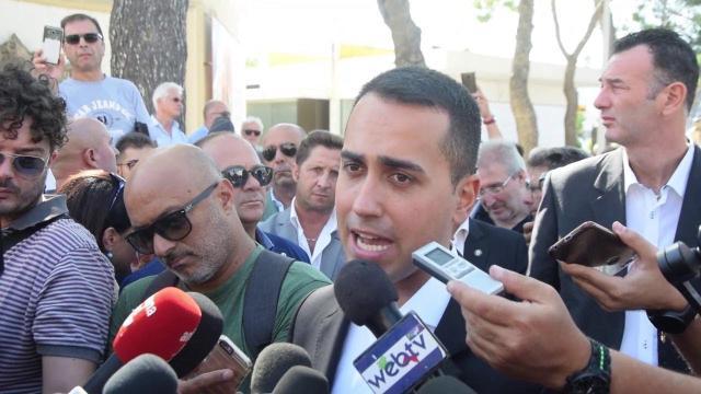 Di Maio rivolto alla Lega: 'Se vogliono sfiduciare Conte lo dicano agli italiani'