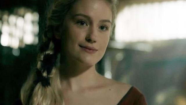 Alicia Agneson publica foto da 6ª temporada de 'Vikings' em mensagem de aniversário