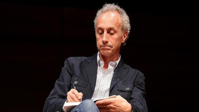 Marco Travaglio nella bufera, i giornalisti de 'Il Fatto' in rivolta: 'Troppo grillino'