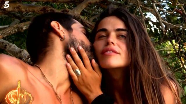 Violeta celebró el cumpleaños de Fabio con una velada romántica