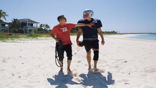 Tom Brady Training At The Beach, Photos Are Going Viral