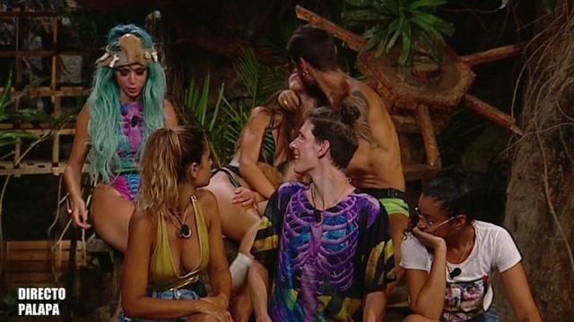 Violeta y Fabio se reconcilian en directo tras haber roto