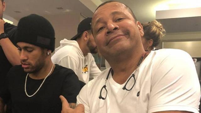 Pai afirma que mulher agrediu Neymar e filmou encontro em Paris