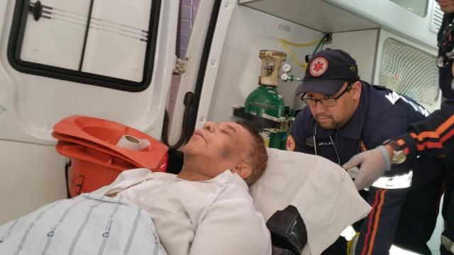 Estado de saúde de Agnaldo Timóteo é considerado crítico
