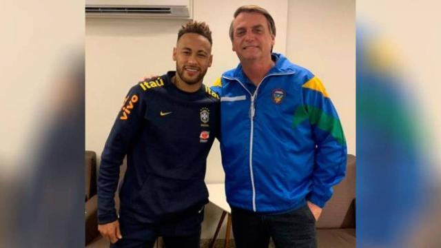 Bolsonaro sai em defesa de Neymar e diz que modelo viajou para se relacionar com o jogador