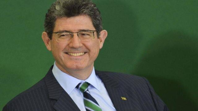 Jair Bolsonaro ameaça demitir Joaquim Levy