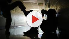 Brindisi, disabile bullizzato per strada: la vittima derisa e ripresa in video