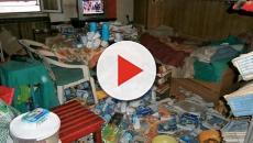 Bari, un uomo vive sepolto dai suoi rifiuti: al via la bonifica dell'abitazione