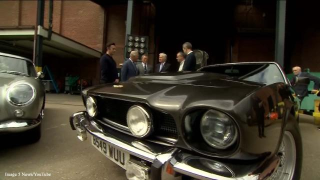 'Bond 25:' Prince Charles meets with Daniel Craig on film set
