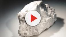 NASA opening sealed moon rocks