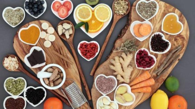Manten sanos cuerpo, mente y espíritu con la alimentación holística permanente