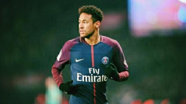 Rumeur Mercato : Pour le quotidien Sport, Neymar se tient prêt pour un retour à Barcelone
