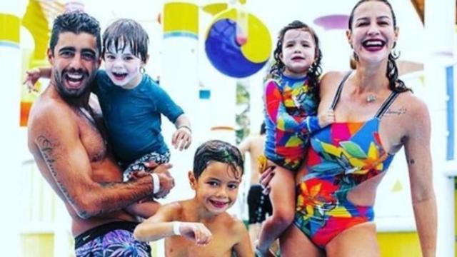 Luana Piovani fica pistola ao ver filhos cantando música de Anitta
