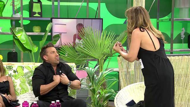 Raquel Bollo a Rafa Mora en Sálvame: 'Tú eres tonto'