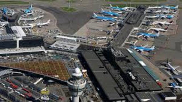 Collision de deux avions aux Pays-Bas