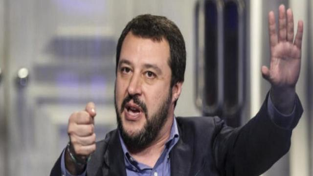Salvini, dichiarazioni forti in TV: 'Telefonate da scafisti in Libia a Ong'