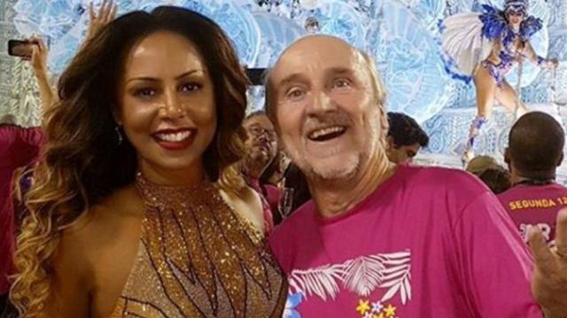 Valéria Valenssa anuncia fim do casamento com Hans Donner