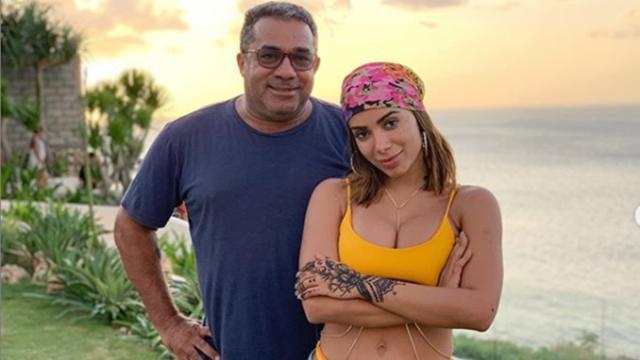Pai de Anitta responde comentário de fã de Luana Piovani: 'que bom gosto o seu'