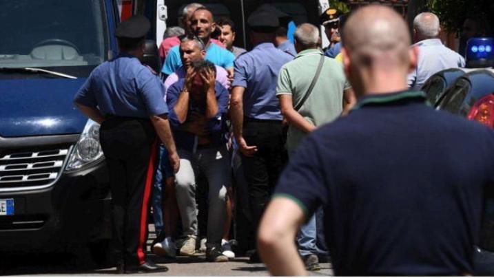 Napoli: follia dopo la separazione