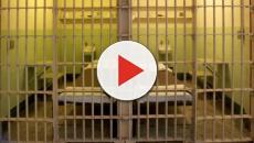 Augusta, detenuto tenta di fuggire dal carcere: feriti i poliziotti penitenziari