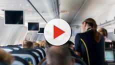 Una mujer que hablaba español en un vuelo a Nueva York, fue increpada por un pasajero