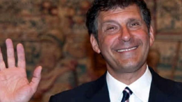 Flavio Insinna, il ricordo di Fabrizio Frizzi: 'La nostra stella polare, è sempre con noi'