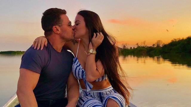 Eduardo Costa paga mesada e aluguel para ex-noiva, diz colunista