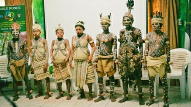 Cameroun : Le milieu de vie des Pygmées, exposé par Jean Nke Ndih
