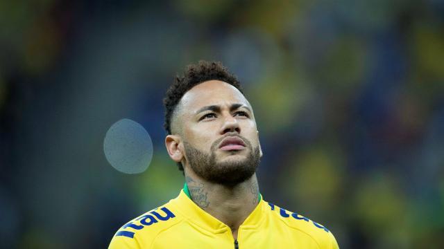 Salário oferecido pelo Real a Neymar é maior do que o do Barcelona