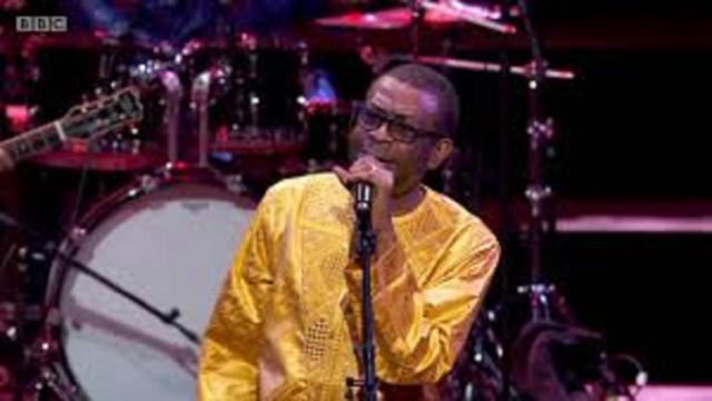 L'album 'History' de Youssou N'dour cartonne