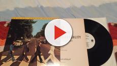 Fãs celebram 50 anos da famosa foto na faixa dos Beatles
