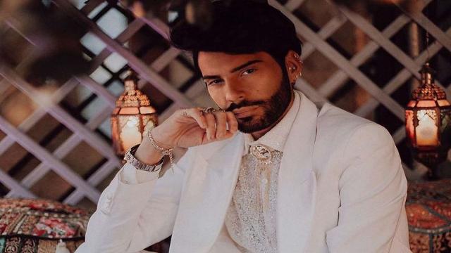Federico Fashion Style in lacrime dopo essere stato derubato del suo prestigioso orologio