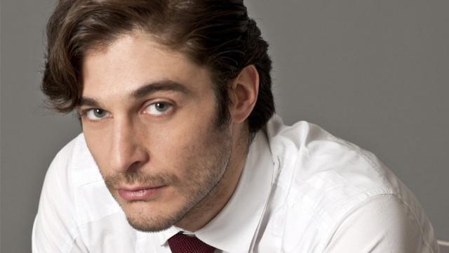 Lino Guanciale: 'Nel 2020 mi aspettano i set de La Porta Rossa e L'Allieva'
