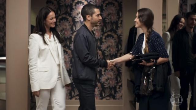 Camilo coloca Vivi contra parede e descobre a verdade sobre o assassinato de Cosme