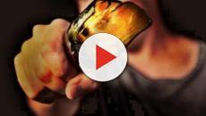 Ischia, aggressione a colpi di bottiglia dopo serata in discoteca: 22enne ferita