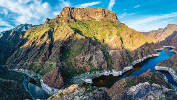 Canarie: un secondo incendio devasta oltre 3200 ettari di vegetazione