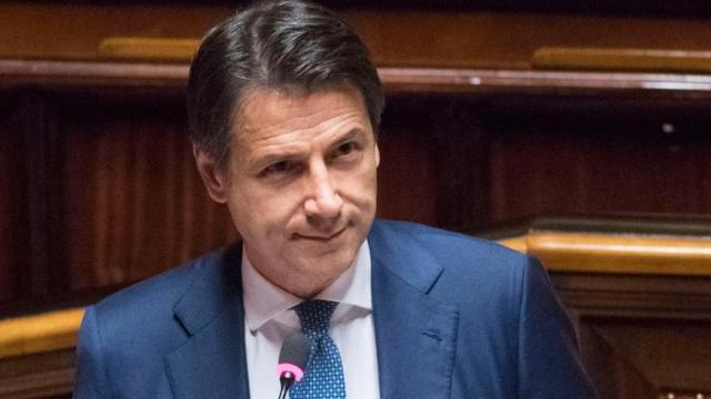 Crisi di governo, l'incoerenza di Salvini accusato da Conte