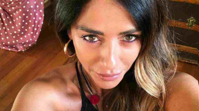 Raffaella Mennoia sbotta su Instagram contro una fan: 'Ti meno forte'