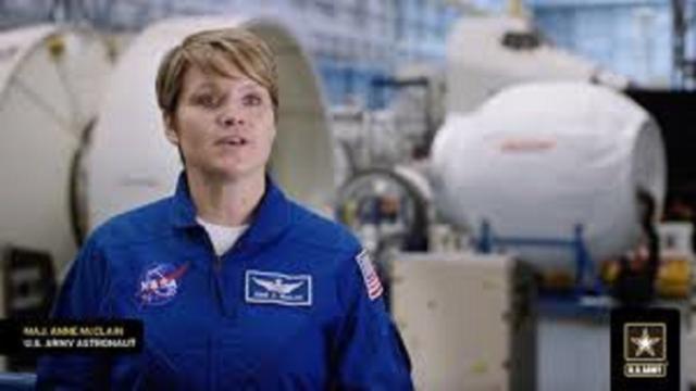Ann McClain, astronaute présumée coupable