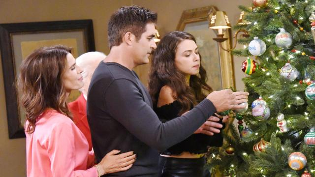 'Days of Our Lives': Eric will leave to find Holly and Nicole again