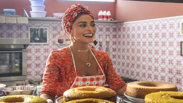 'A Dona do Pedaço': Maria da Paz pensa em voltar a vender bolos na rua