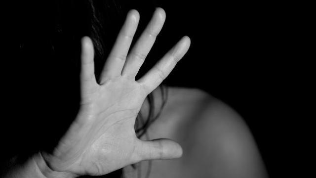 Monopoli: per decenni ha usato violenza in famiglia, in manette un 62enne