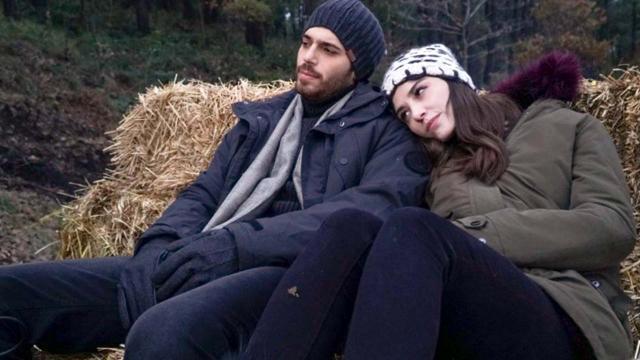 Bitter Sweet, trame: Ferit scopre di essere stato lasciato da sua moglie a causa di Hakan