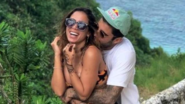 Chega ao fim o namoro de Anitta com Pedro Scooby