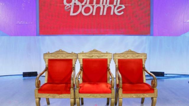 Slitta il debutto di Uomini e donne in tv: la prima puntata in onda il 16 settembre